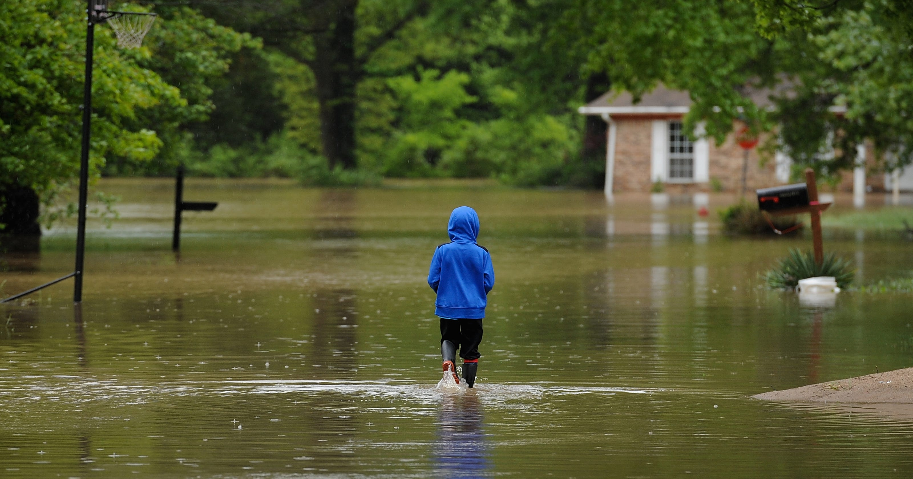 Missouri floods caused by '1-in-1,000 year' rainfall