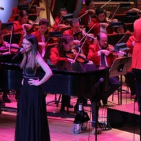 Sutton Foster charms at the Pops