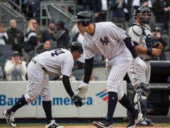 New York Yankees second baseman Ronald Torreyes (74)