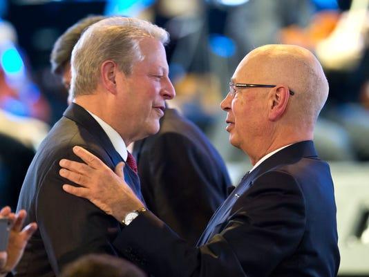 Al Gore, Klaus Schwab