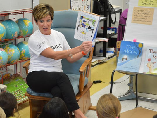 Story-time reading at Jefferson