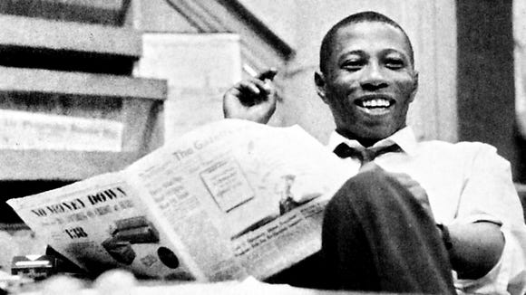 Many accomplished journalists have worked at the York Daily Record and its predecessors. Here is perhaps the best-known journalist to come through York, Bob Maynard. Maynard went on to operate the Oakland Tribune, the first black man to own a major U.S. metropolitan newspaper.