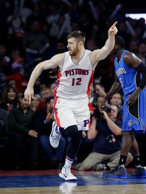Aron Baynes runs back on defense after a basket Monday night against Orlando.