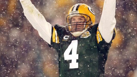 Brett Favre to be inducted into Packers Hall of Fame