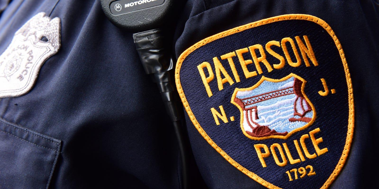 Police: Gunmen rob Paterson gas station