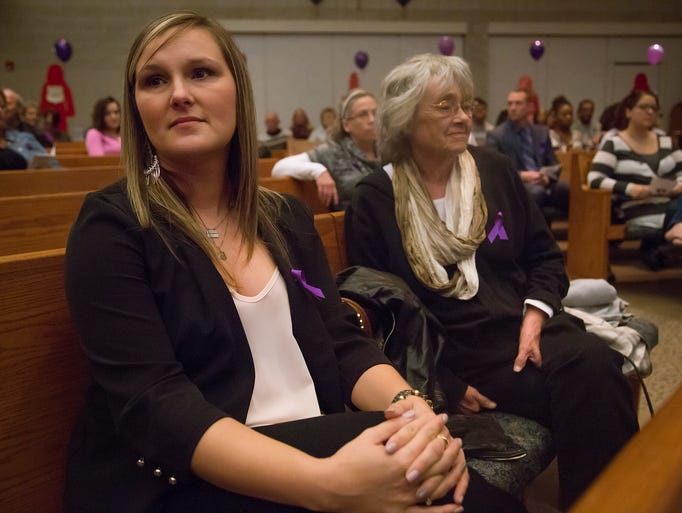 8 Photos Domestic Abuse Vigil