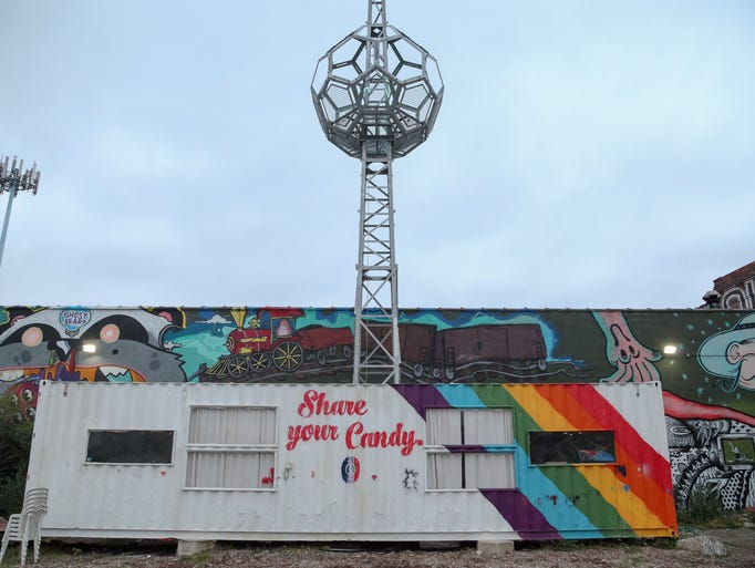 Created in 2011, the Lincoln Street Art Park offers