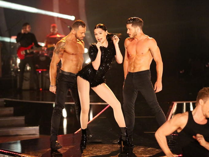 """DANCING WITH THE STARS - """"Episode 1905"""" - America's"""