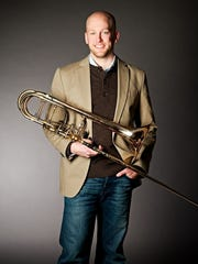 David Krosschell is the featured performer for Eric