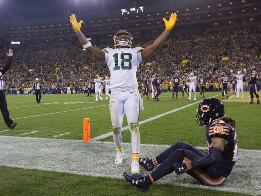 Green Bay Packers wide receiver Randall Cobb reacts