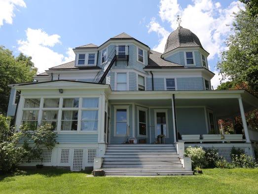 Ingrid michaelson singer selling nyack home for 1 7m for Ingrid house