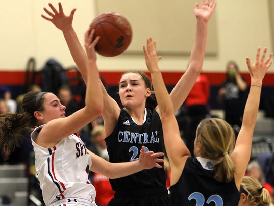 Brookfield East-Central Basketball-1
