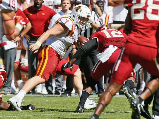 Iowa State quarterback Joel Lanning (7) carries as