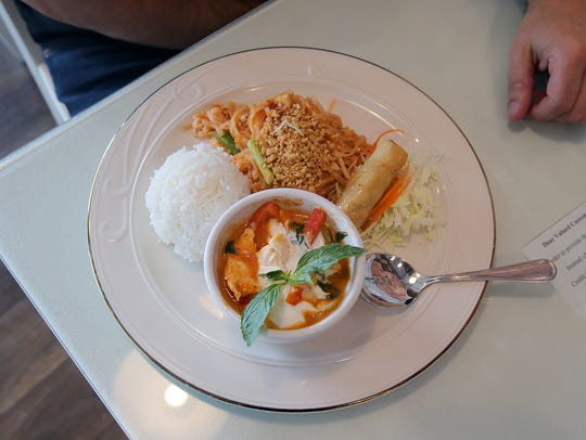 Lunch selections at Family Thai Cuisine include soup (dine-in only) and jasmin or brown rice.