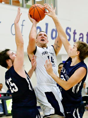 Penn State York's Trent Thomas, seen here in action earlier this season, scored a game-high 40 points in York's overtime loss in the USCAA title game Saturday.