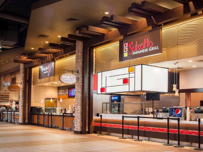 The fully renovated, 13,262-square-foot concessions area features 10 new restaurant concepts - Villa Italian Kitchen, Green Leaf's, Bananas, South Philly Steaks & Fries, Far East Asian Fire, Tinta Mexicana, MoÕ Burger, Sukotto Japanese Grill, Coffee Bean & Tea Leaf and Church's Chicken.