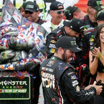 Sunday's motor sports: Truex opens playoffs in dominant style