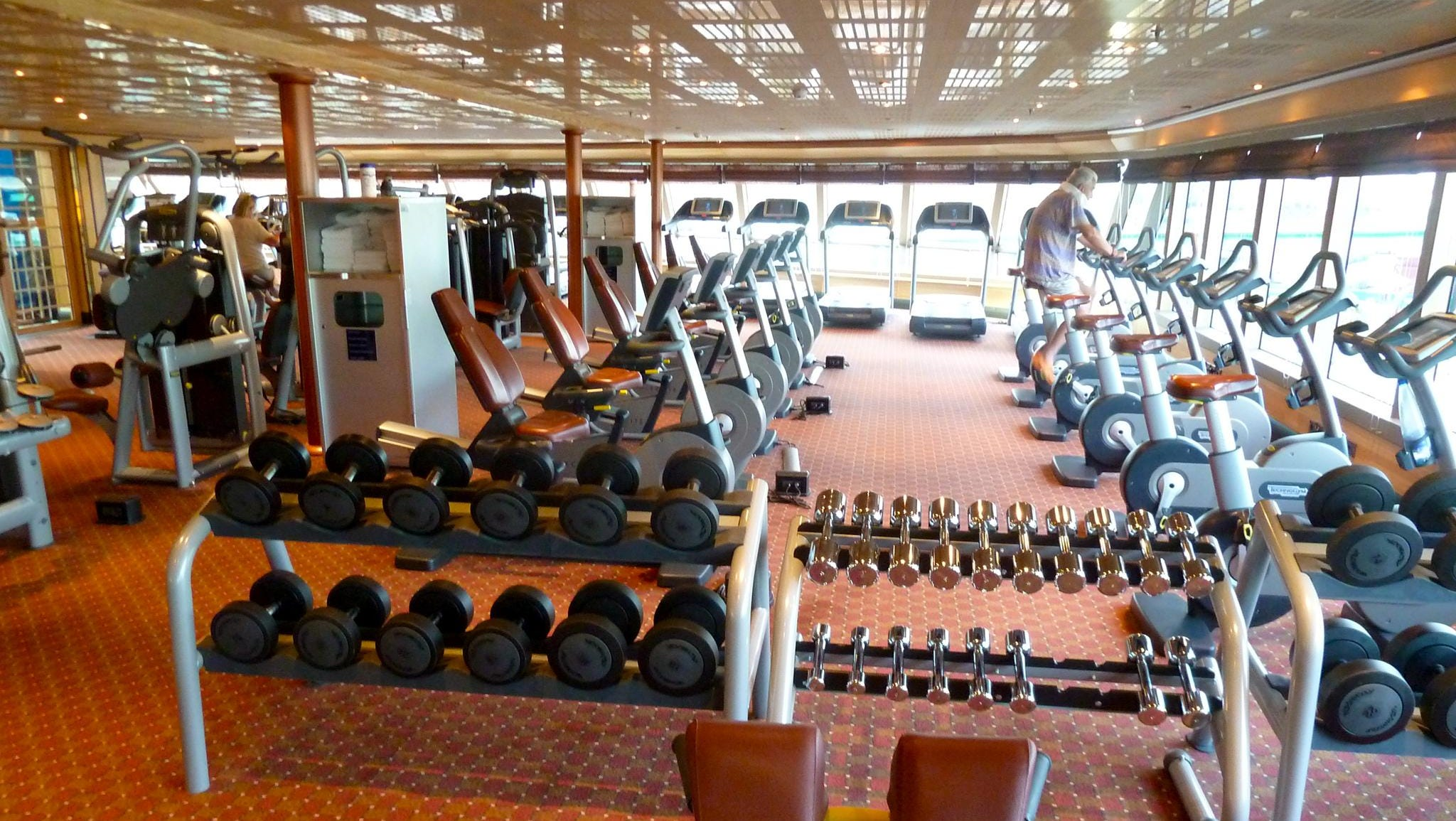 The excellent gymnasium has plenty of cardio and weight machines as well as free weights.
