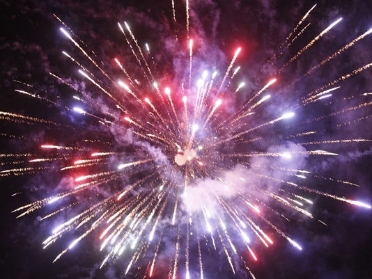 636338385484122688-Fireworks.jpg