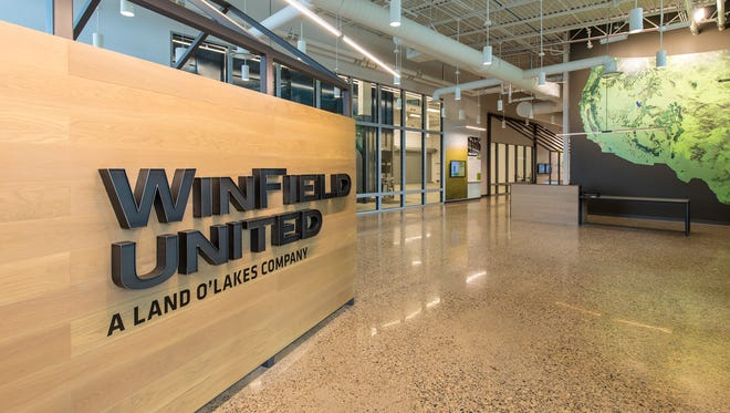 The WinField® United Innovation Center — a new epicenter of research that will help give farmers more and better tools to grow crops more sustainably — opened Sept.27, 2017, in River Falls, WI.
