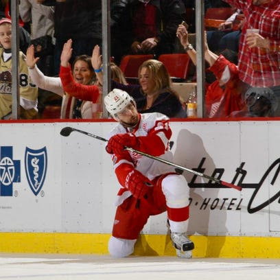 Tomas Tatar pulled the Red Wings even at 4 with his