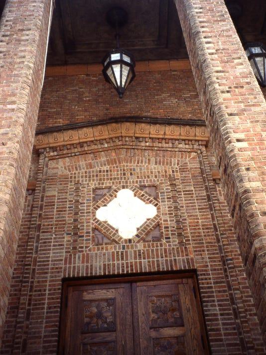 VOP-First-Baptist-Church-entrance-brickwork-1993.jpg