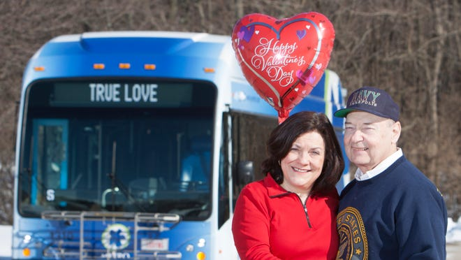Rex and Anita Settlemoir met on the Metro Route 21 bus in 1975 as they were both on their way to work.