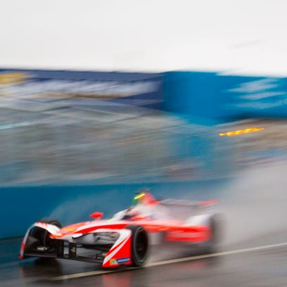 Quiet, clean, fan-friendly Formula E hits New York streets