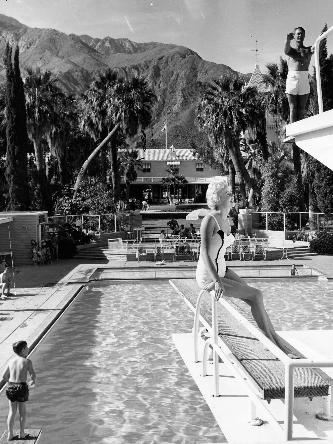 El Mirador swimming pool.