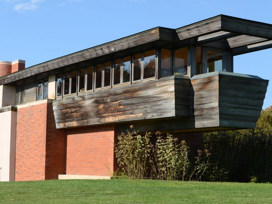 Wingspread. Wind Point, Wis. Wingspread, also known as the Herbert F. Johnson House, is a house designed by architect Frank Lloyd Wright and built in 1938-39 near Racine.