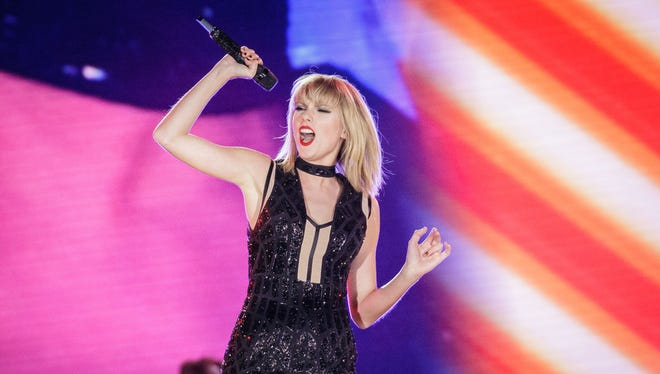 People really want to know who Taylor Swift is voting for.