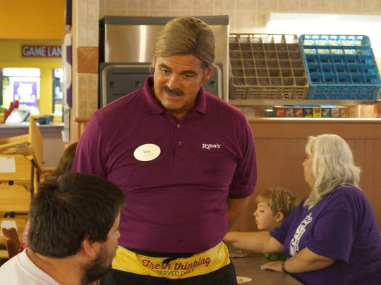 "Buffets, Inc. Chief Executive Officer Anthony Wedo posed as a server at the Alexandria location of Ryan's restaurant for the CBS show ""Undercover Boss"" in 2013."