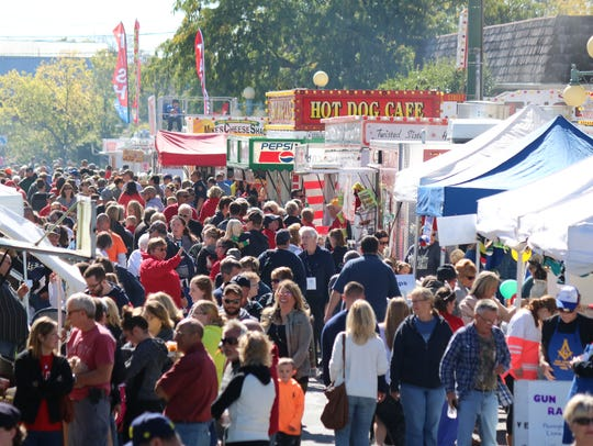The Apple Festival is held each year in the heart of downtown Oak Harbor, filling West Water and Church streets with vendors, games, rides and entertainment, drawing an estimated 25,000 visitors annually.