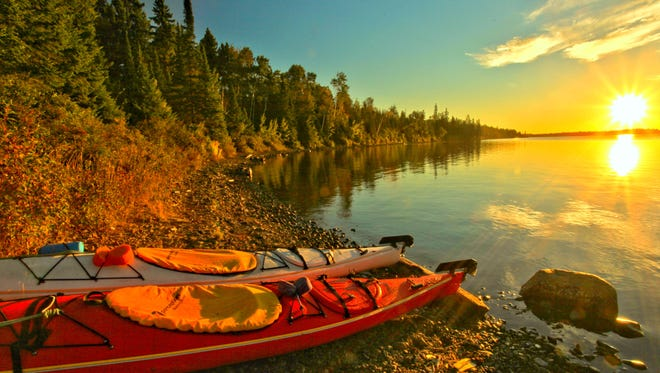 Explore a rugged, isolated island, far from the sights and sounds of civilization. Surrounded by Lake Superior, Isle Royale National Park in Michigan offers unparalleled solitude and adventures for backpackers, hikers, boaters, kayakers, canoeists and scuba divers.
