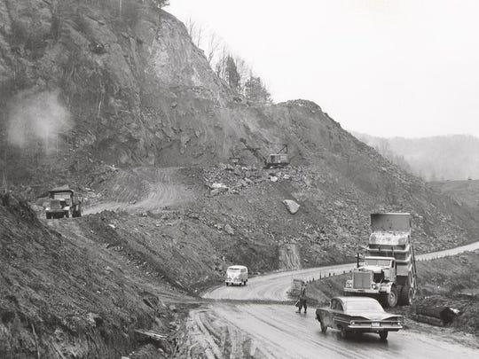 Interstate 89 being built in Waterbury.