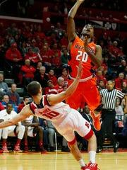 Rutgers Scarlet Knights guard Jake Dadika (10) commits