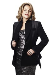 Renée Fleming will give a public performance on Oct.