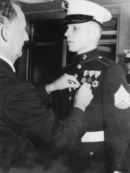 Ron Harper receives the Bronze Star for his service