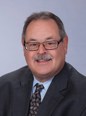 Dr. Mark Belfer
