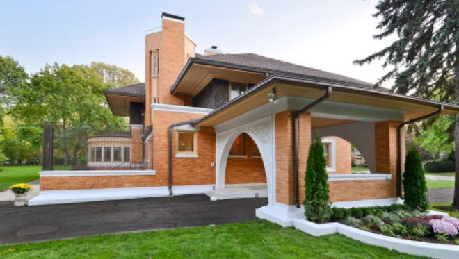 According to the Frank Lloyd Wright Building Conservancy, the 5,036-square-foot Winslow House includes a library, enclosed sun porch, four generously-sized bedrooms, a second-floor family room with fireplace, and 3.5 baths.