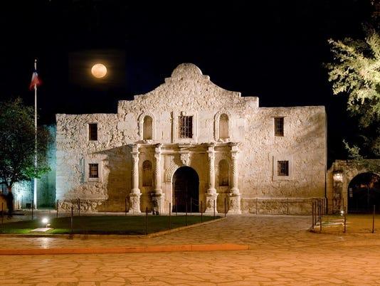 635717755198033269-Alamo-Moon-Al-Rendon-SACVB-Tag-Alamo