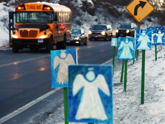 AP SCHOOL SHOOTING SURVIVORS A FILE USA CT