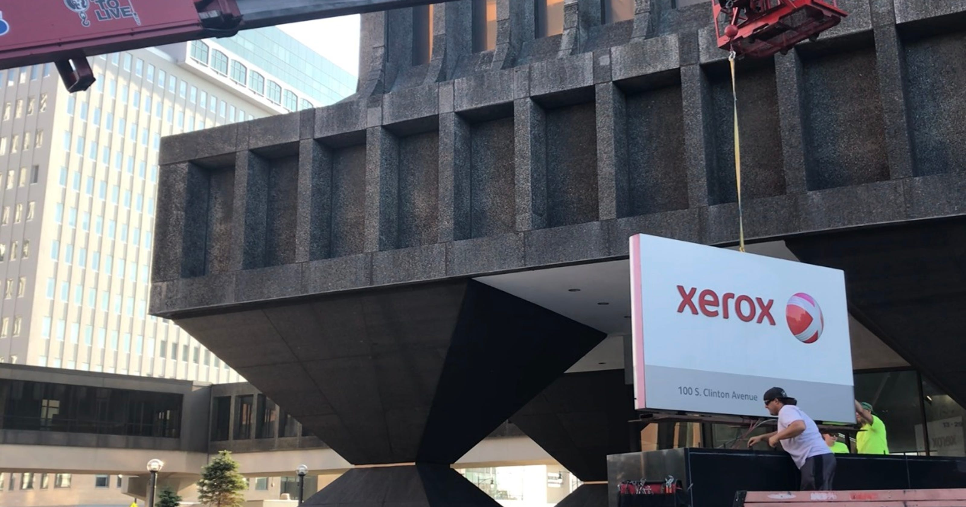 Xerox cuts more jobs after 900 shed from global workforce