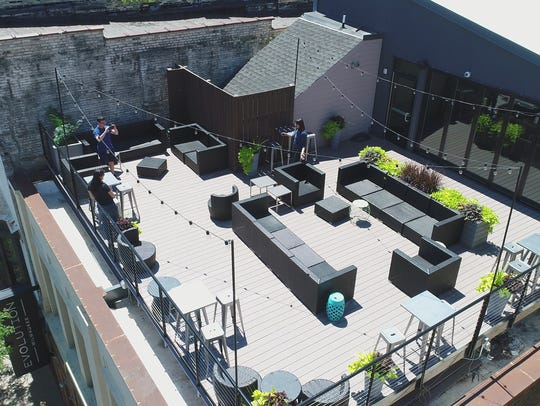 The patio area on the roof of Evolution Gastro Pong