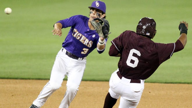 LSU second baseman Kramer Robertson (3), shown in a 2014 game against Mississippi State at Alex Box Stadium, will start at shortstop for the Tigers on Wednesday.