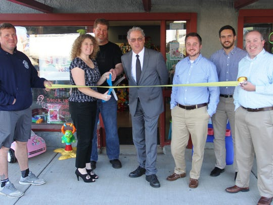The city held a ribbon cutting ceremony Nov. 18 at Littles Resale, 342 S. Main St..