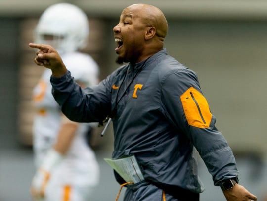 Tennessee Assistant Coach Robert Gillespie calls out