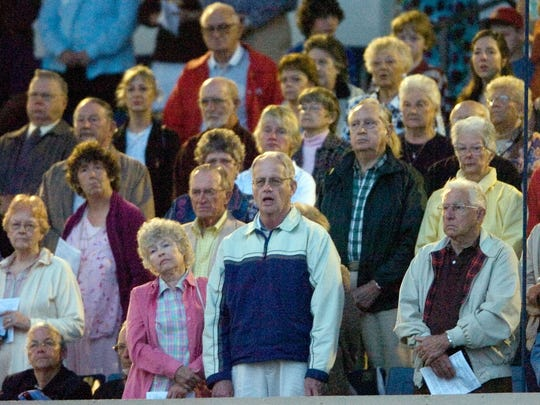 More than 2,000 people attended the the 13th Annual Community Easter Sunrise Service at City of Palms Park in Fort Myers 2008.