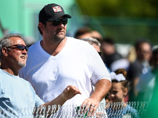 Former Titans offensive lineman Zach Piller visits training camp practice in 2017. He played for the team from 1999 to 2006.