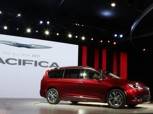 Fca Unveiled The 2017 Chrysler Pacifica During